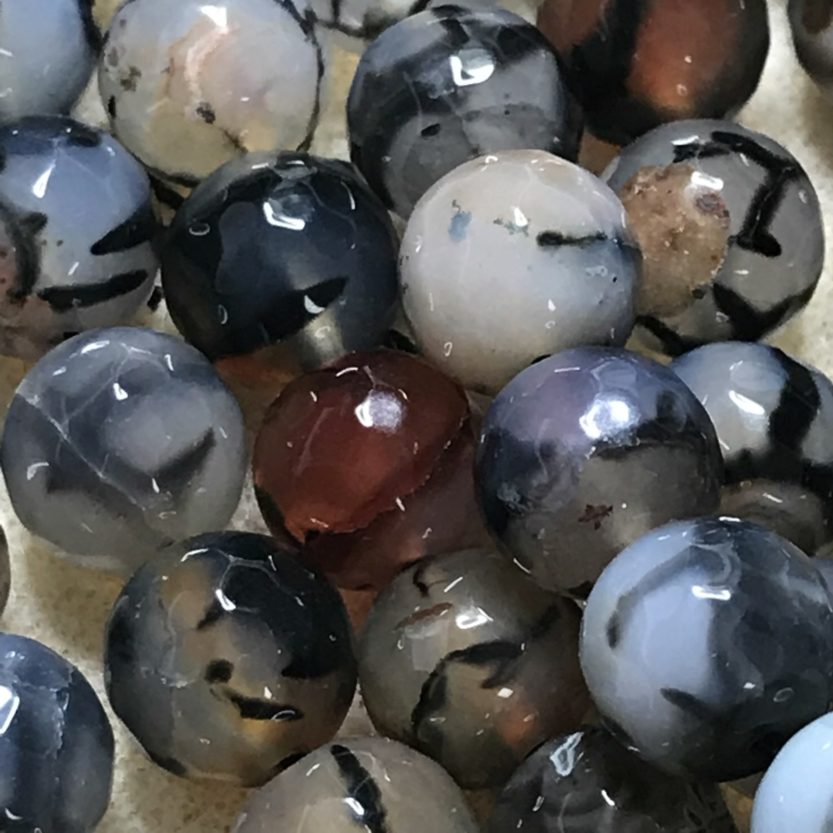 AGATE Dragons Vein 10mm Natural Faceted