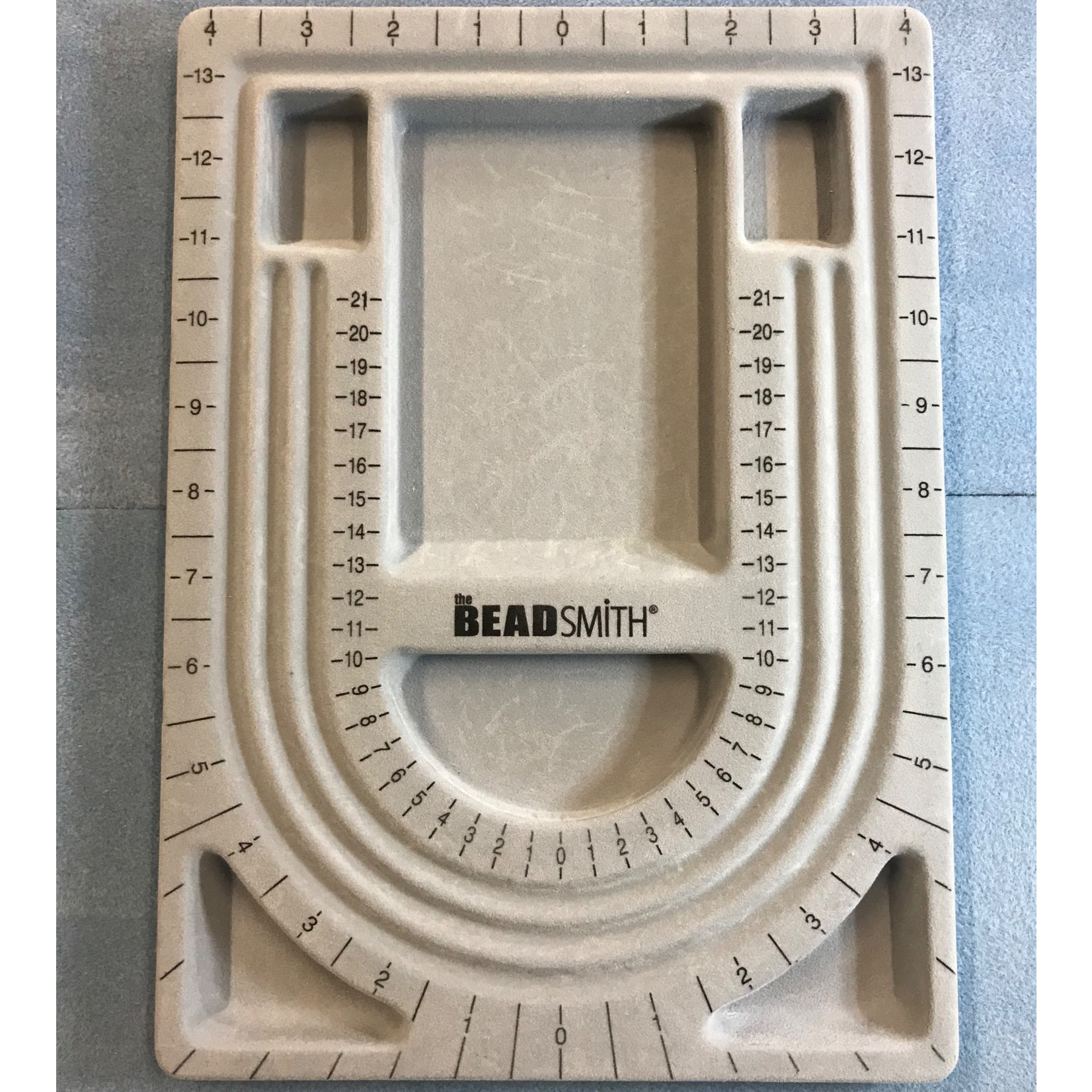 Bead Design Board With Lid 12x9in
