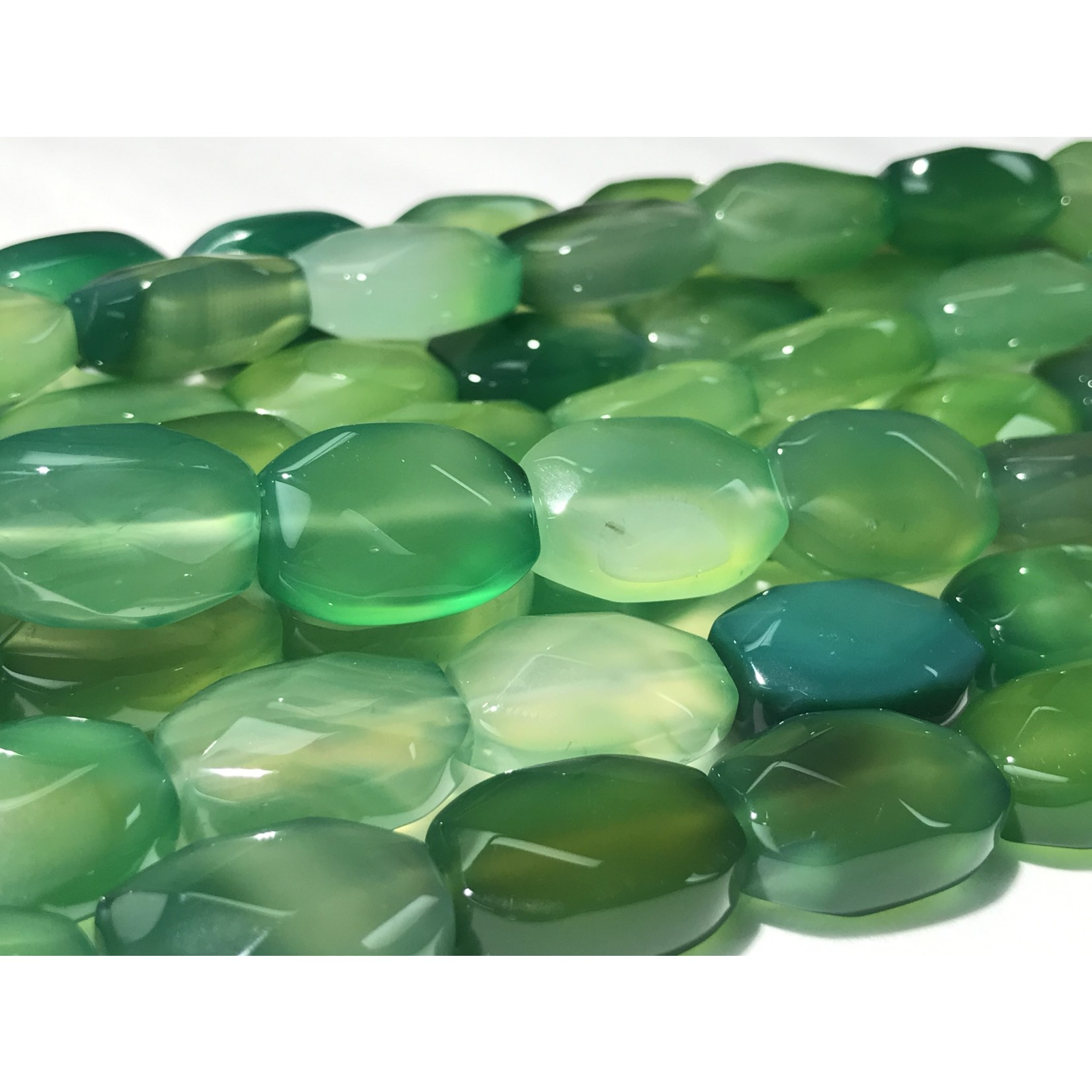 AGATE Dyed Green Oval Faceted 18x13mm
