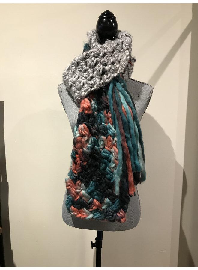 Chunky rainbow scarf