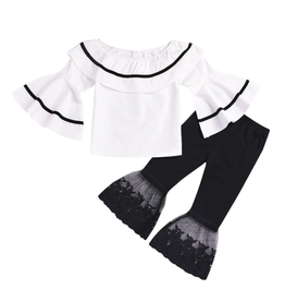 Flare Sleeve Top w/Black Lace Bell Pants