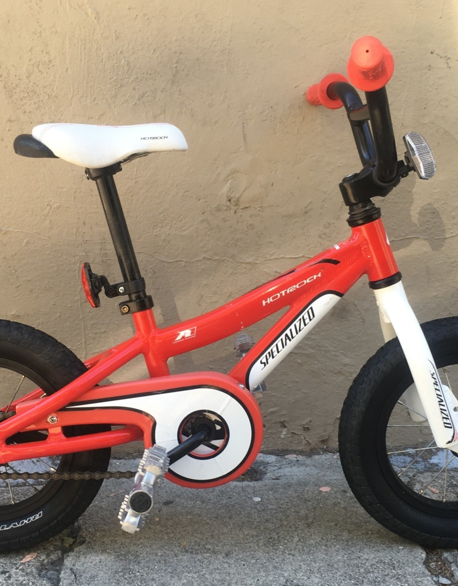 Specialized Specialized Hotrock Youth, Red, 12 inch