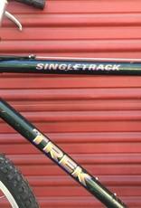 Trek Trek 930 Singletrack, 21 Inches, Green
