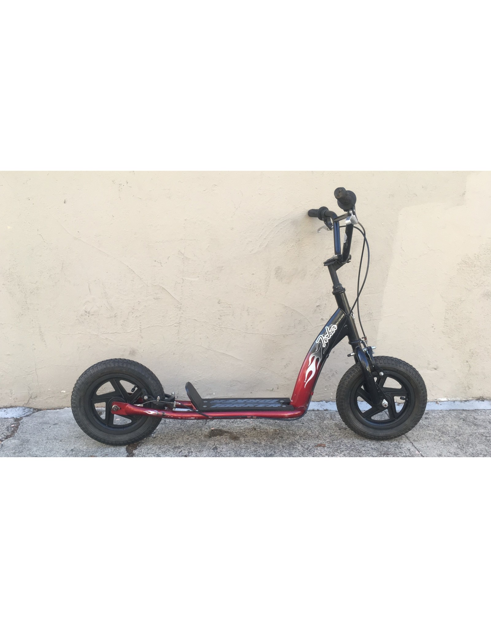 Torker Torker Scooter, 12 Inches, Red & Black