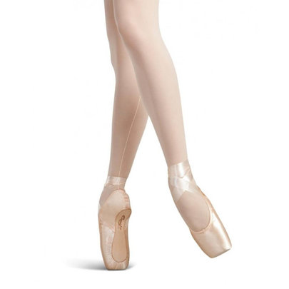 CAPEZIO GLISSE POINTE SHOES (102)