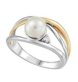 Fire and Ice White and Yellow Gold (0.036ct) Pearl and Canadian Diamond Ring