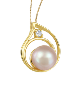 Yellow Gold Pink Pearl and (0.03ct) Canadian Diamond Pendant