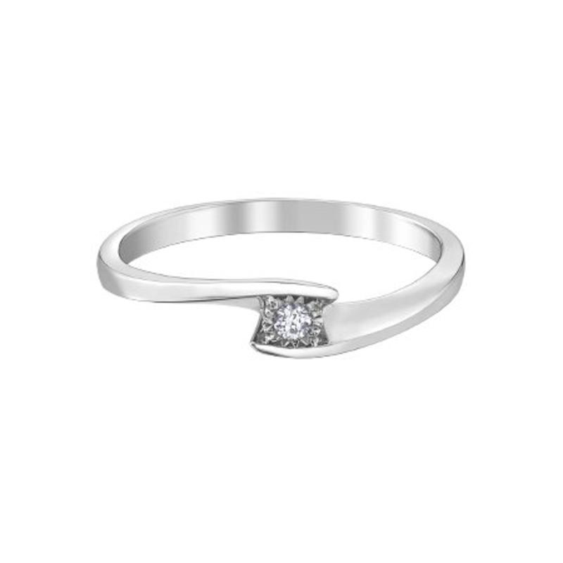 10K White Gold (0.03ct ) Diamond Illusion Setting Promise Ring