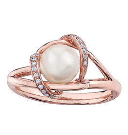 Rose Gold (0.073ct) Pearl and Diamonds Ring