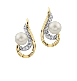 Yellow Gold (0.084ct) Pearl and Diamond Earrings