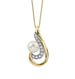 Yellow Gold (0.05ct) Pearl and Diamond Pendant