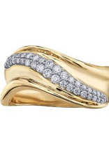Yellow Gold Curved Fancy Diamond Ring)