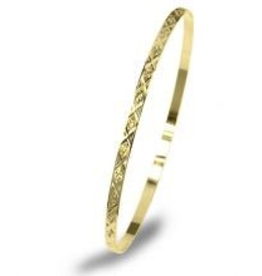 Yellow Gold Flat Diamond Cut Bangle (3mm)