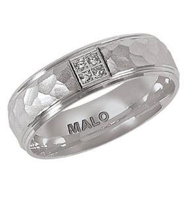 Malo Malo Mens White Gold Hammered Diamond Band (0.04ct)