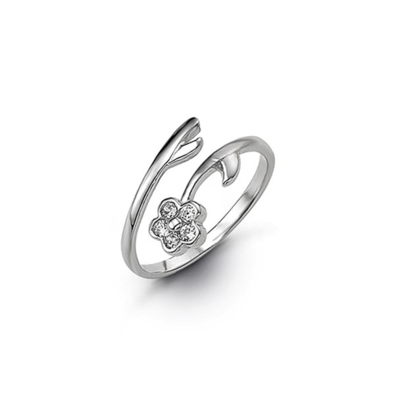 White Gold CZ Flower Toe Ring