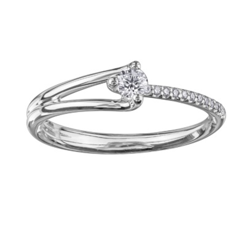 I am Canadian 10K White Gold (0.16ct) Canadian Diamond Promise Ring