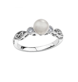 10K White Gold (0.10ct) Diamond and Pearl Ring