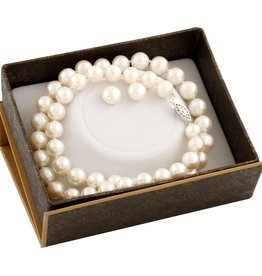 Pearl (8-9mm) Earrings and Necklace Freshwater Boxed Gift Set