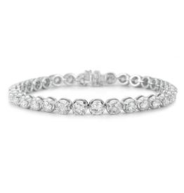 14K White Gold (2.00ct) Graduated Diamond Tennis Bracelet