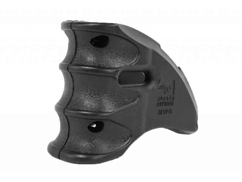 Castellan MWG M4 Magazine Well Grip Black