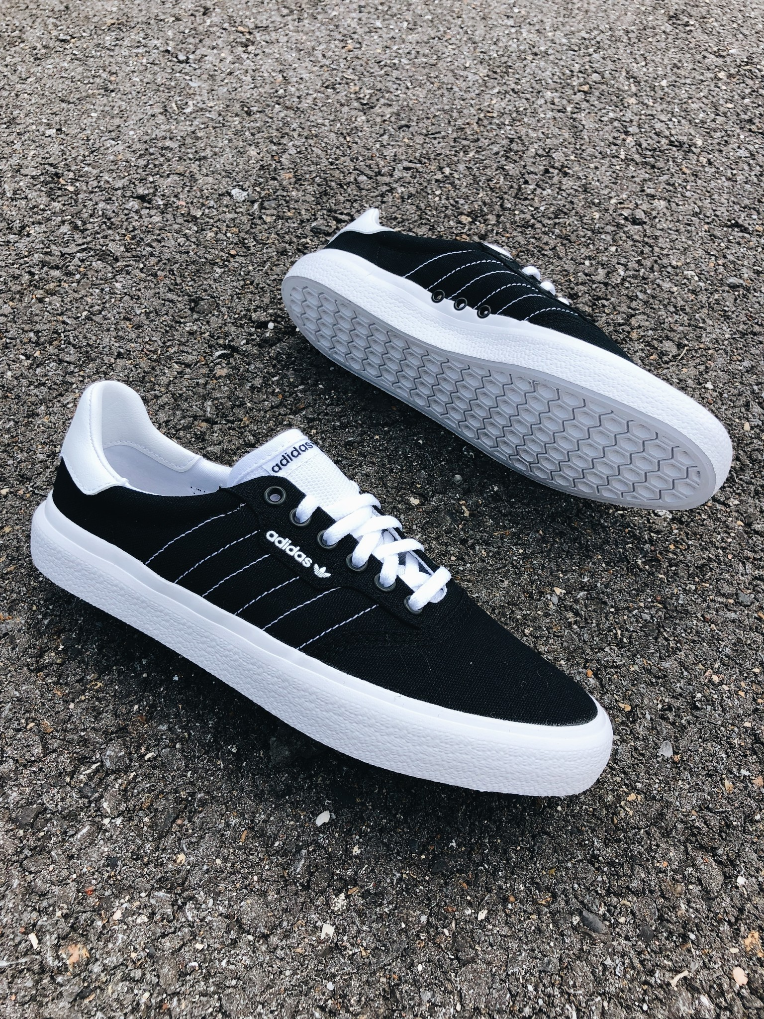 adidas 3MC Black/White
