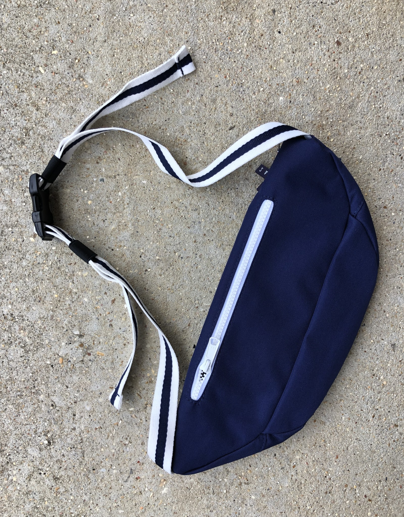 Helas Fan Waist Bag navy