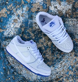 "Nike SB ""Porcelain"" Dunk Low"