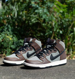 Nike SB Dunk High baroque brown