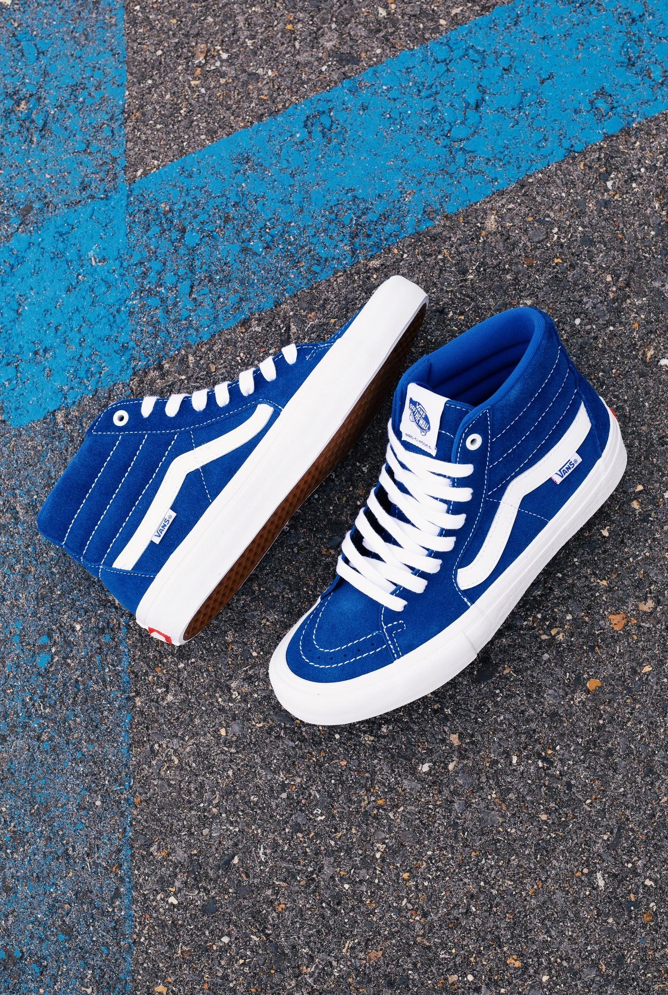 Vans Sk8 Hi Pro true blue/white