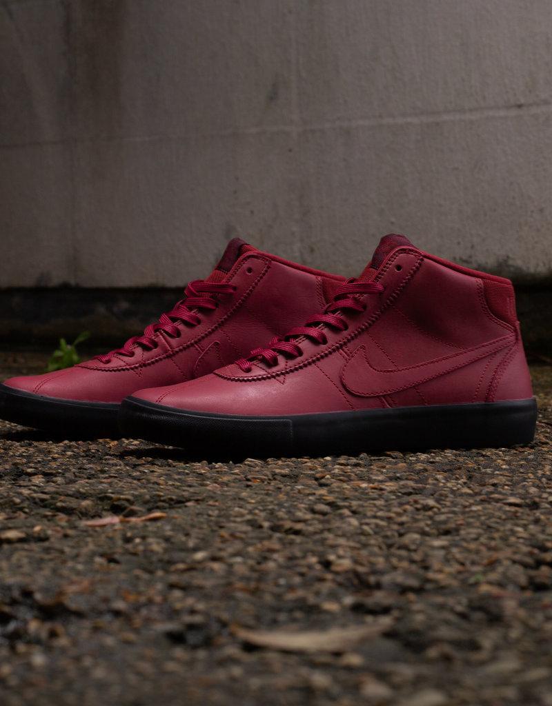 Nike SB x Leo Baker bruin high