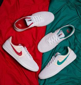 Nike SB Team Classic Photon Dust Pack