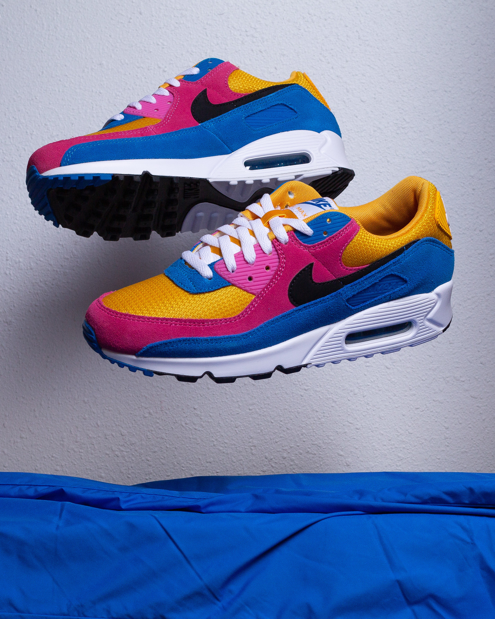 Nike Air Max 90 University Gold/Battle Blue