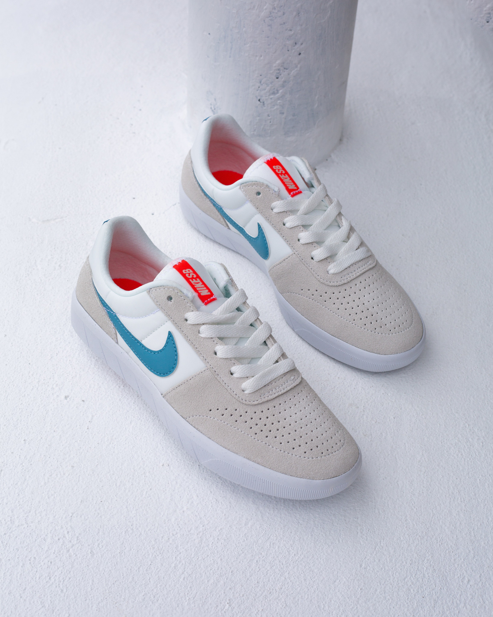 Nike SB Team Classic Summit White/Cerulean
