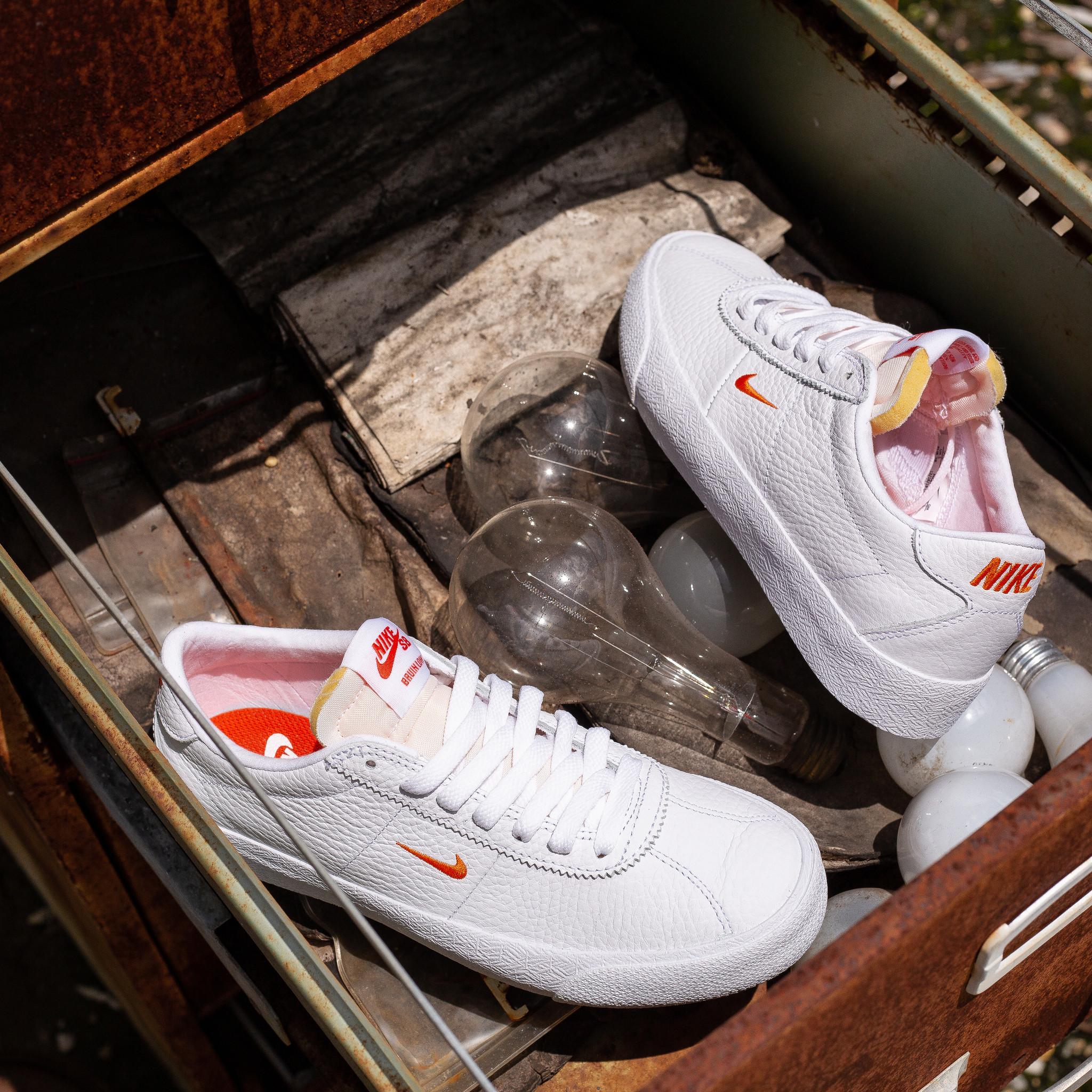 Nike SB Zoom Bruin white/team orange