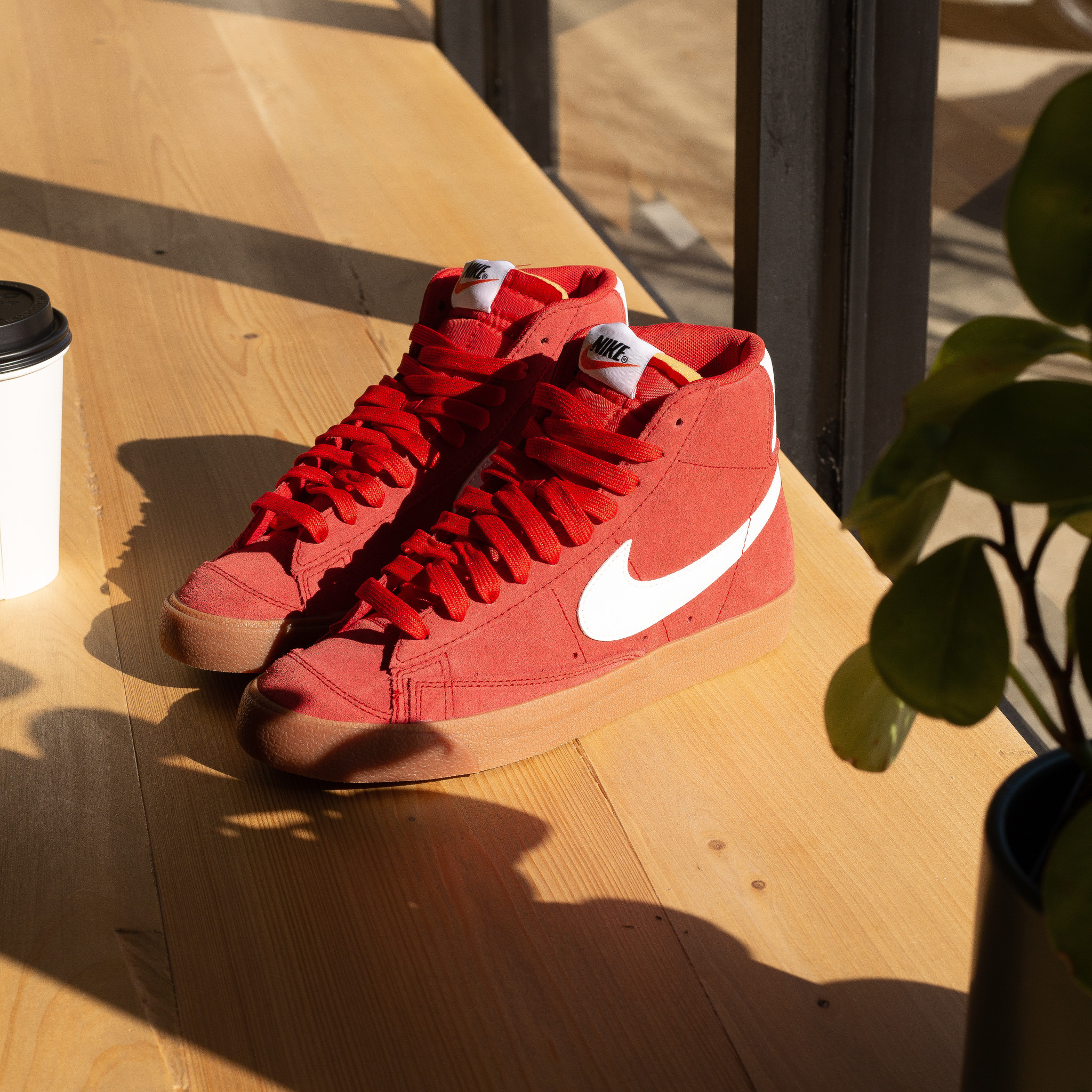 Nike Blazer Mid '77 Suede University Red