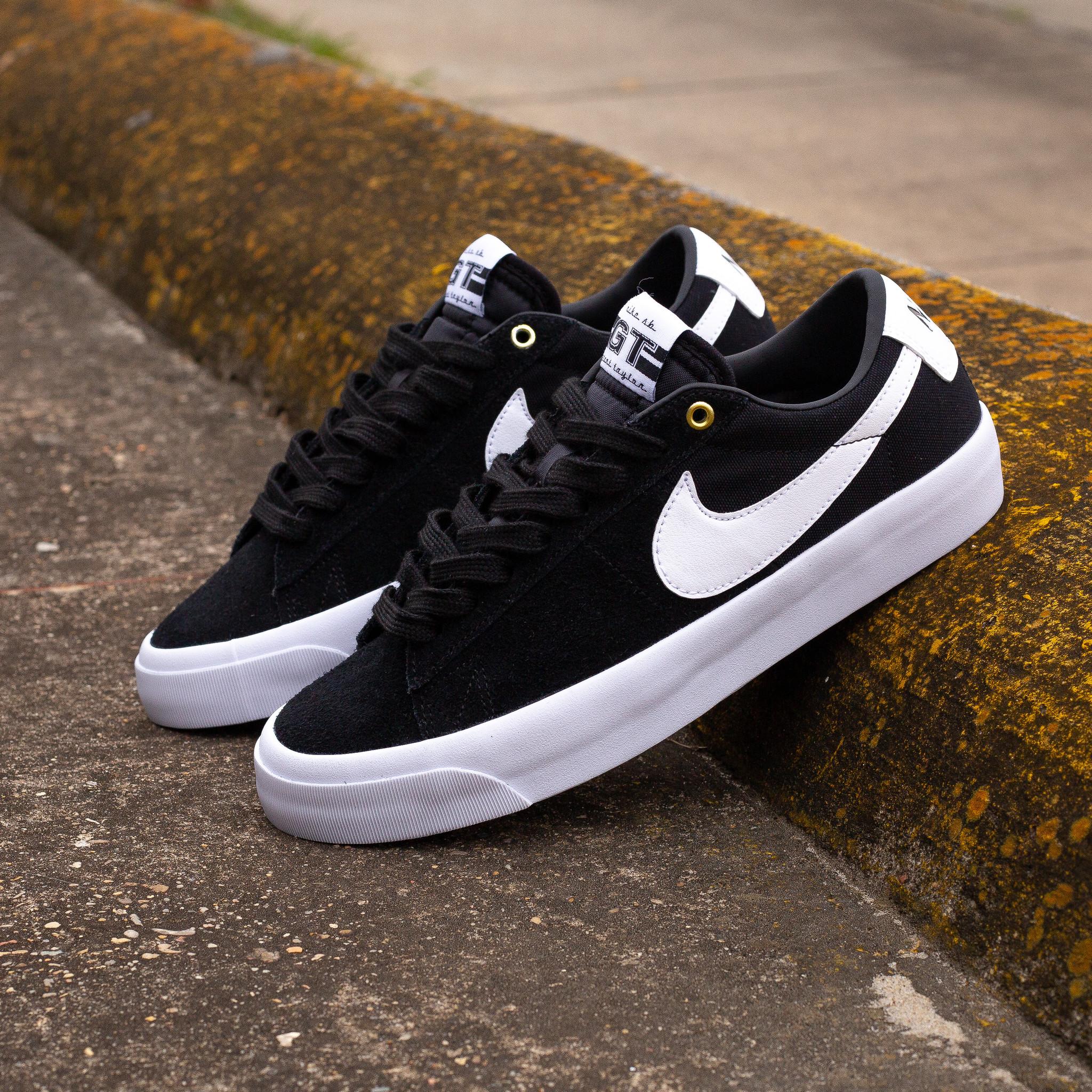 Nike SB Blazer Low GT Black/White
