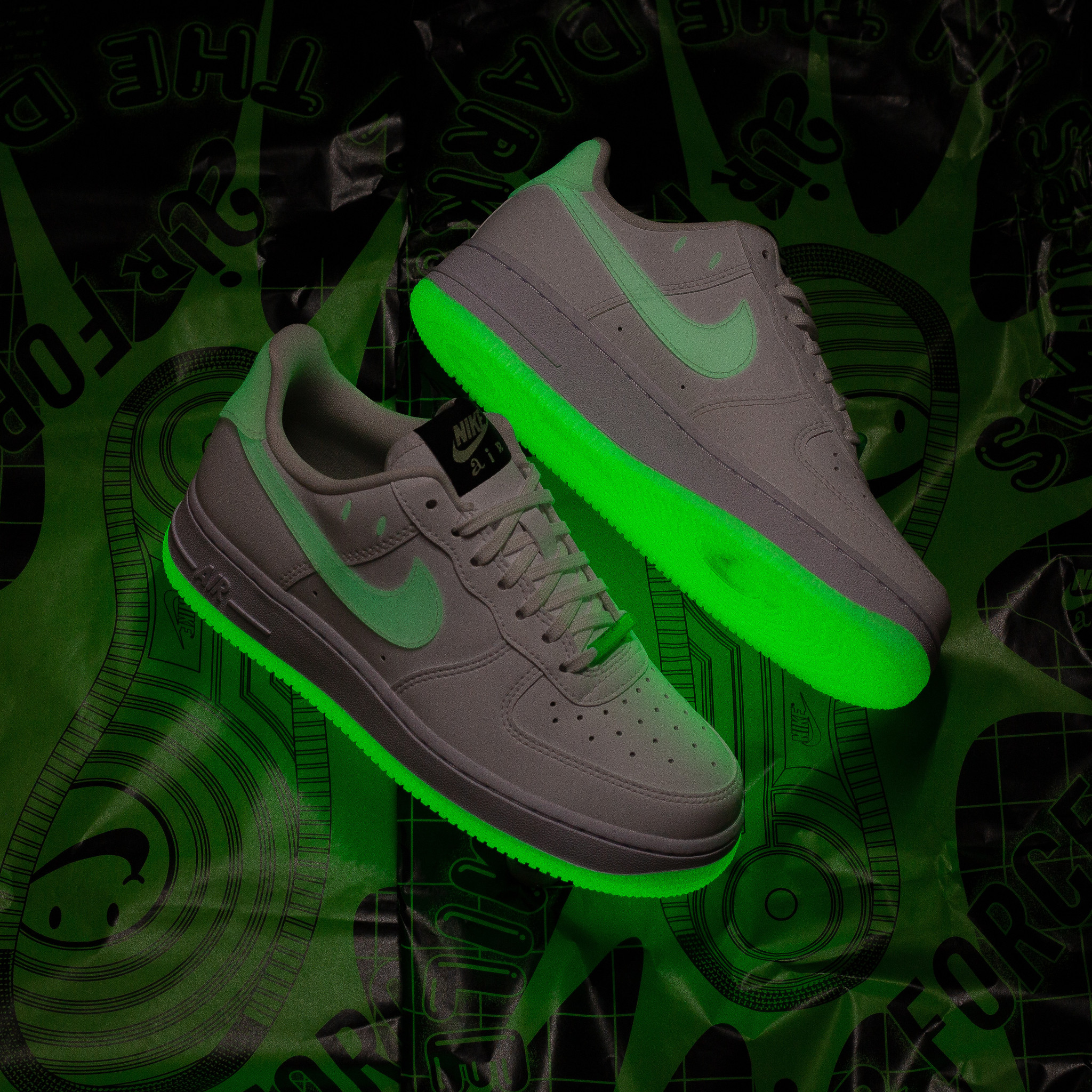 Nike Nike WMNS Air Force 1 Glow