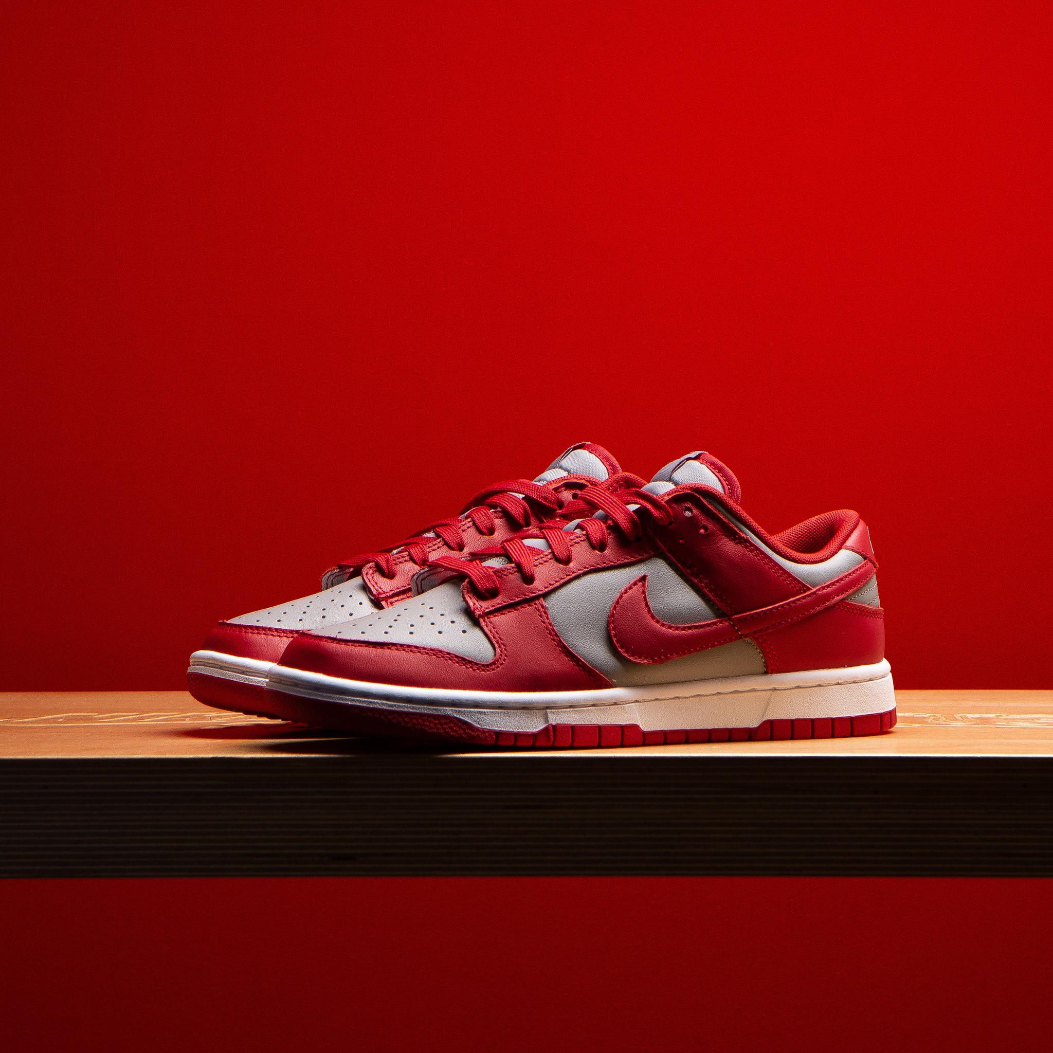 Nike Nike Dunk Low Medium Grey Varsity Red