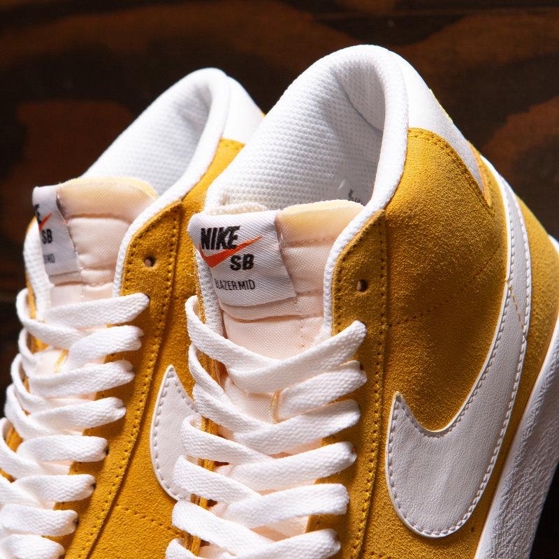 Nike SB Blazer Mid University Gold White
