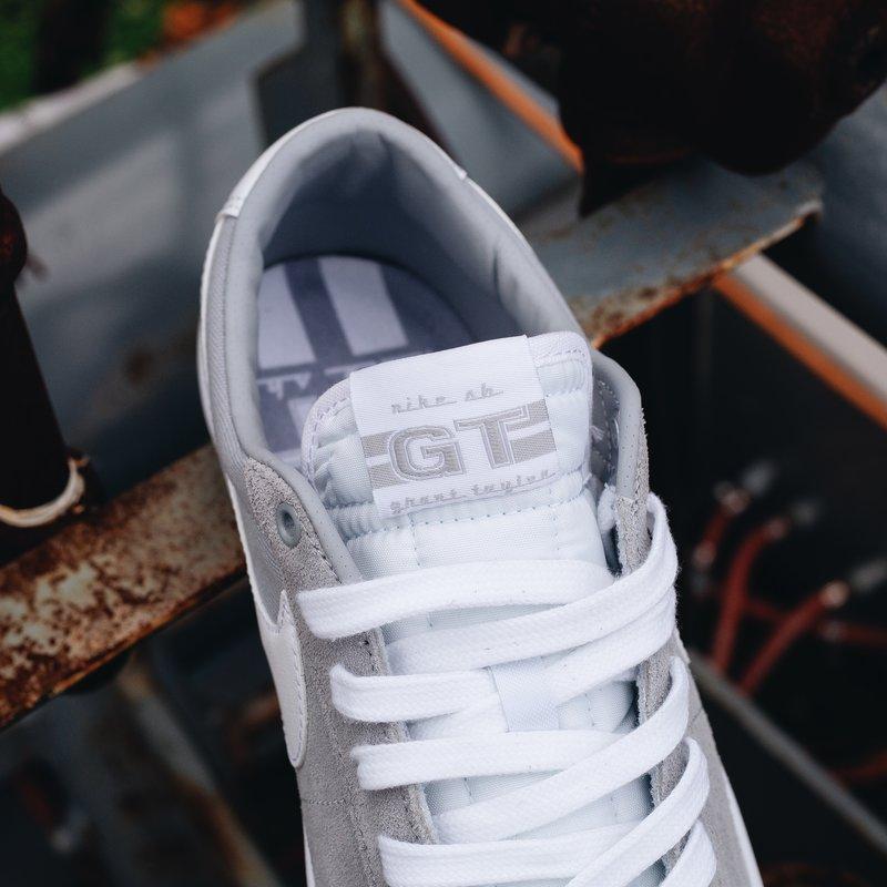 Nike SB Blazer Low Pro Gt Wolf Grey/White