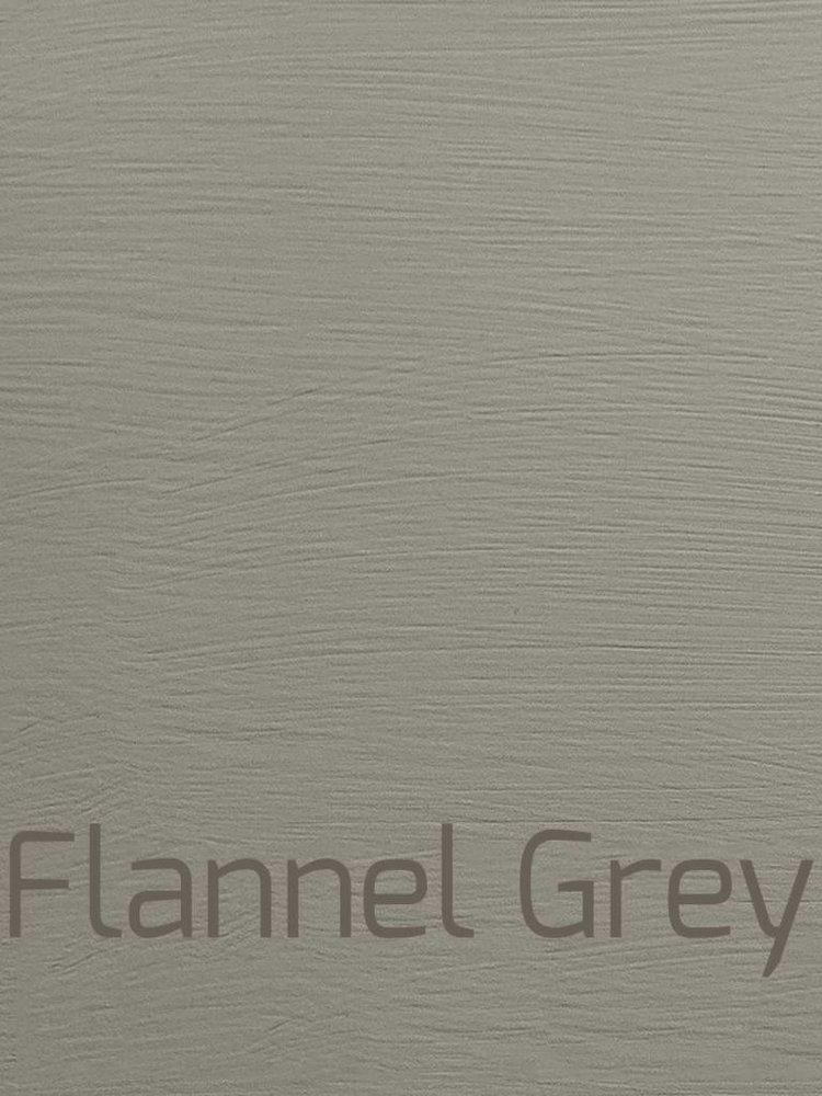 Autentico Vintage furniture paint, color Flannel Grey