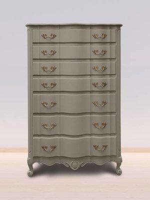 utentico Vintage furniture paint, color Loft