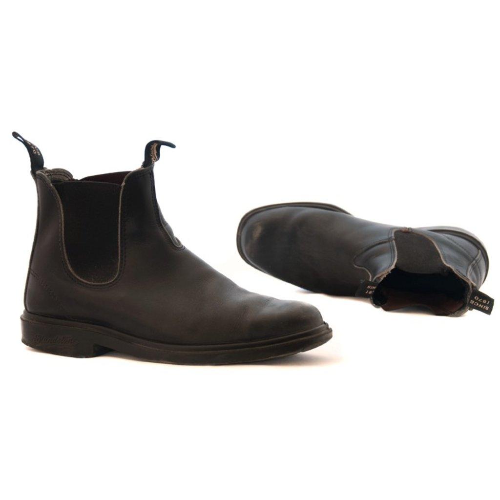 Blundstone 068 - Black Chisel Toe