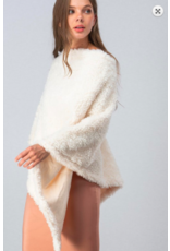 Trend:Notes Faux Fur Poncho IVRY