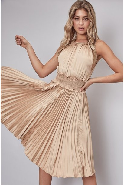 Pleat Smock Waist Dress BGE