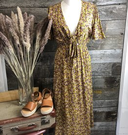 RD Style Floral Tie Front Dress MUST