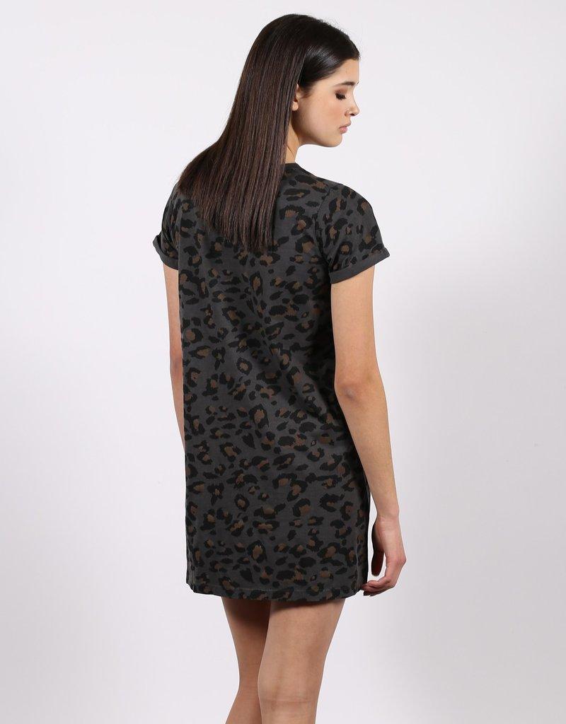 Brunette The Label T-shirt Dress LEO