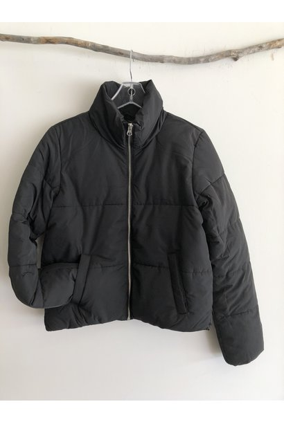 Erika Short Puffer Jacket BLK