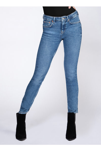Lexi Light Skinny Jean LT PET