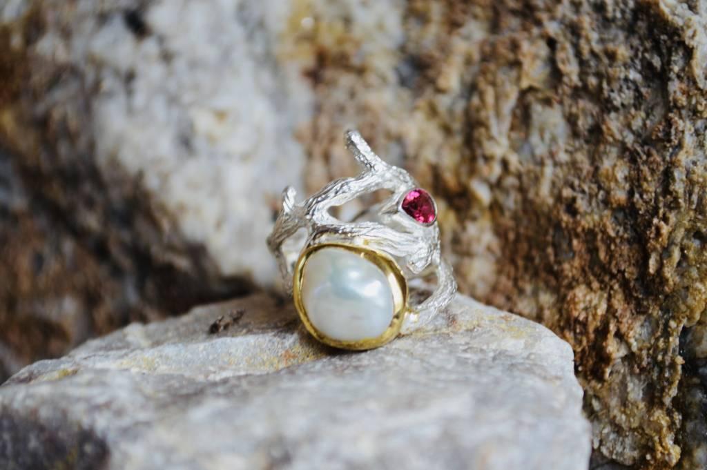 Pearl & Garnet Ring - size 8